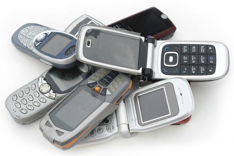 Картинки старые мобильные телефоны